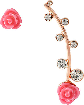 EAR CUFF WITH ROSES