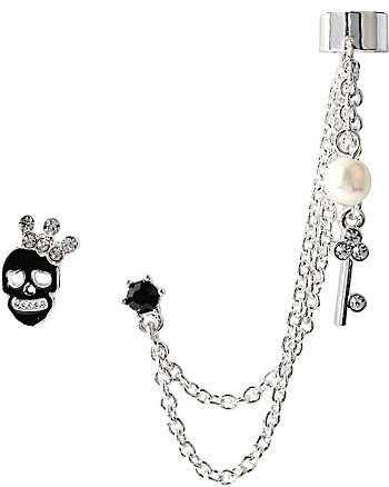 EAR CUFF WITH SKULL AND CHAIN
