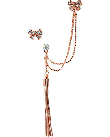EAR CUFF WITH TASSLE AND CHAIN