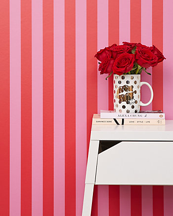 ICONIC FLANNEL STRIPE REMOVABLE WALLPAPER