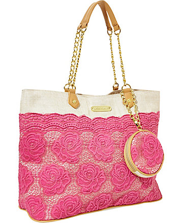 LACE OVER TOTE