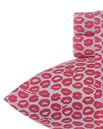 LUV BETSEY KISS AND TELL QUEEN SHEET SET