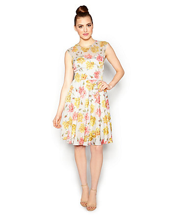 OH SO VINTAGE FLORAL DRESS