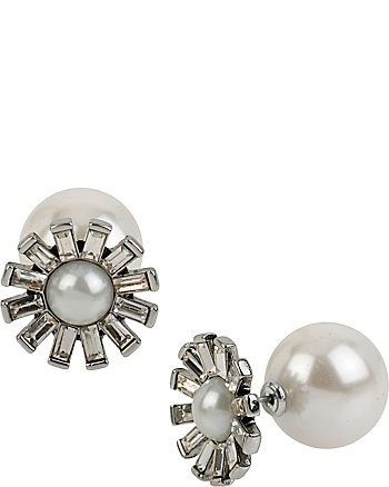 SOMETHING NEW FLOWER PEARL STUD EARRINGS