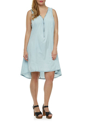 Plus Size Chambray Shift Dress with Front Zip V-Neck,LIGHT WASH,large