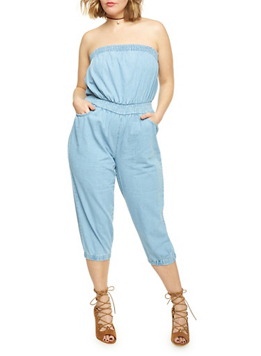 Plus Size Strapless Chambray Capri Jumpsuit,LIGHT WASH,large