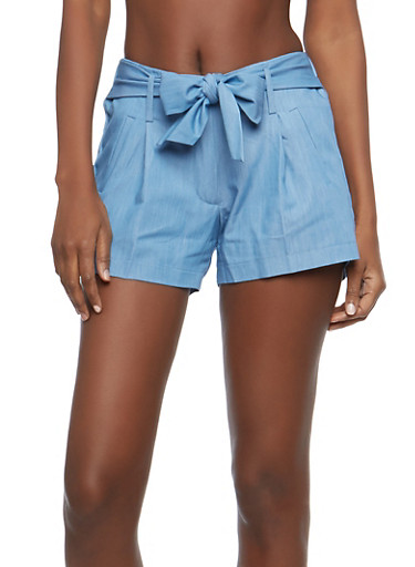 Belted Chambray Shorts,LIGHT WASH,large
