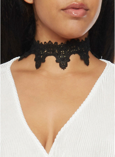 Choker Necklace in Scalloped Lace,BLACK,large