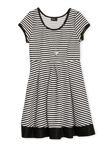 Girls 7-16 Short Sleeve Striped Skater Dress with Necklace,BLACK/WHITE,large
