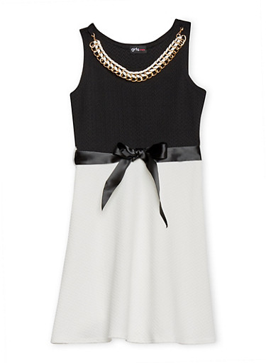 Girls 7-16 Texture Knit Skater Dress with Sash Belt and Necklace,BLACK/WHITE S,large