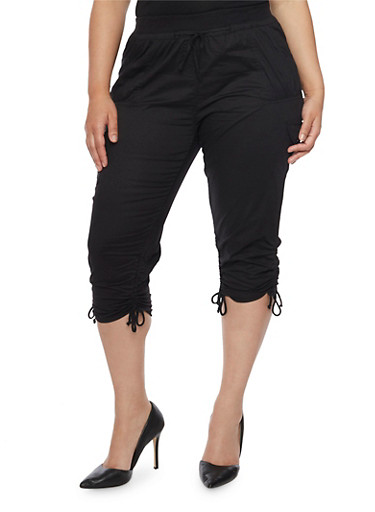Plus Size Ruched Cargo Capri Pants,BLACK,large