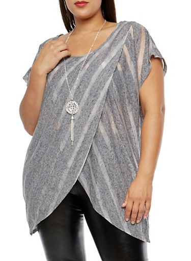 Plus Size Tulip Hem Top with Necklace,GRAY,large