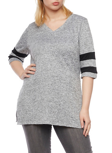 Plus Size Knit Tunic Top with Striped Sleeves,GRAY,large