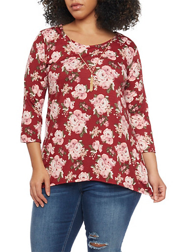 Plus Size Floral Top with Sharkbite Hem and Necklace,BURGUNDY,large