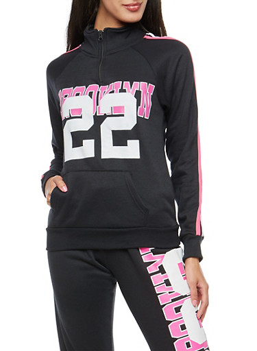 Brooklyn 22 Graphic Sweatshirt,BLACK,large