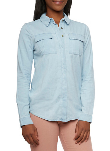 Chambray Shirt with High-Low Hem,LIGHT WASH,large