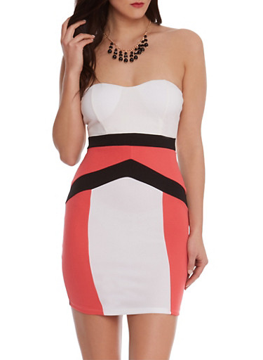 Strapless Mini Dress with Color Block Print and Beaded Necklace,CORAL,large