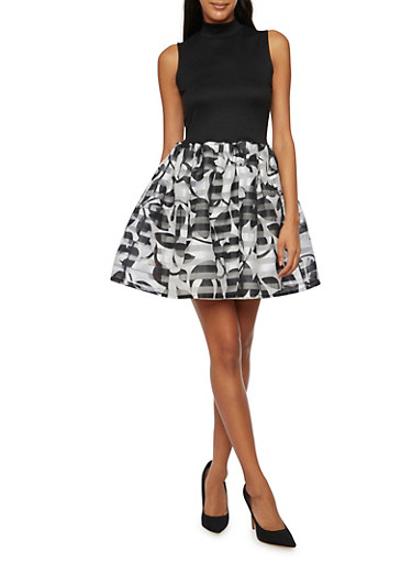 Sleeveless Knit Dress with Printed Skirt,BLACK WHT,large