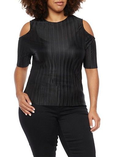 Plus Size Cold Shoulder Top in Pleated Knit,BLACK,large