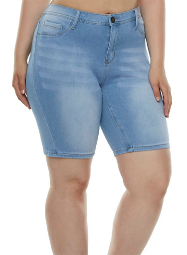 Plus Size Stretch Denim Bermuda Shorts,LIGHT WASH,large