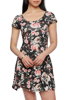 Floral Fit-and-Flare Dress with Scoop Neck and Short Sleeves - 0094038346808