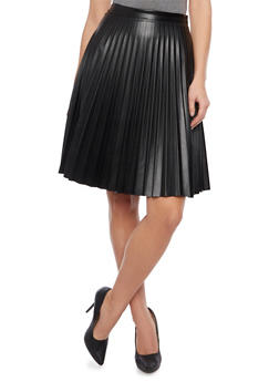 Pleated Skirt in Faux Leather - 1062062416911