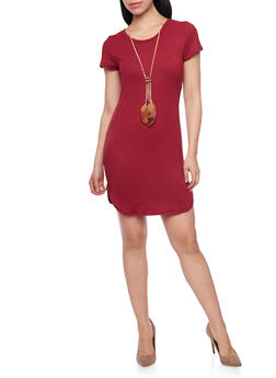 T Shirt Dress with Feather Necklace - 1094058930809