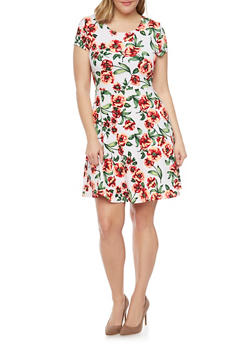 Plus Size Floral Scoopneck Skater Dress - 1390038347850