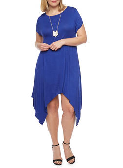 Plus Size Sharkbite Hem T Shirt Dress with Tribal Necklace - 1390058930713
