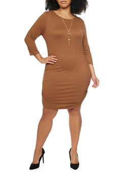 Plus Size Knit Dress with Ruched Sides and Necklace - 1390058930812
