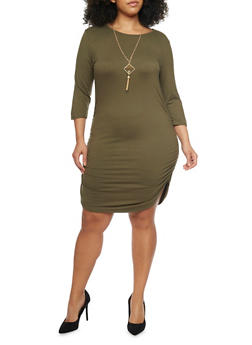 Plus Size Knit Dress with Ruched Sides and Necklace - OLIVE - 1390058930812