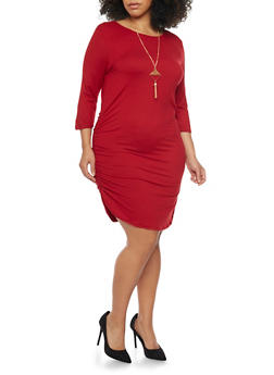 Plus Size Knit Dress with Ruched Sides and Necklace - BURGUNDY - 1390058930812