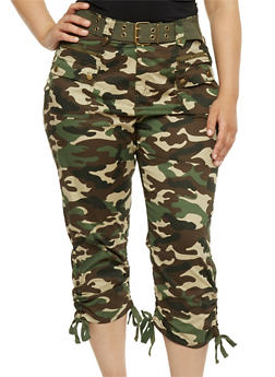 Plus Size Belted Camouflage Capri Pants - 1865038342829