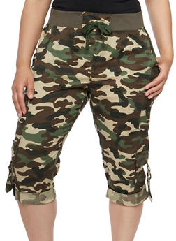 Plus Size Camouflage Cargo Capri Pants - 1865038342885