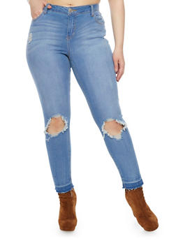Plus Size Almost Famous Frayed Hem Skinny Jeans with Ripped Knees - 1870015999668