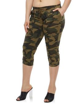 Plus Size Camouflage Capris - 1873062701604