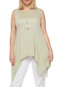 Plus Size Sharkbite Hem Top with Necklace - 1910058930931