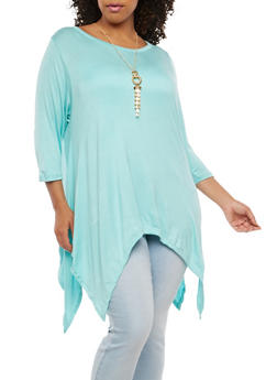 Plus Size Sharkbite Hem Top with Necklace - 1912038342247