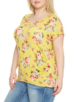 Plus Size Ruched Floral Top with Necklace - 1912058756812