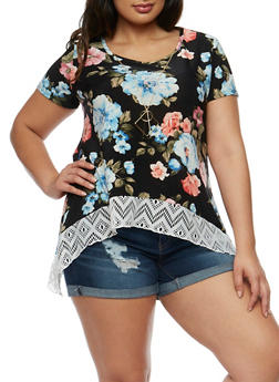 Plus Size Floral Crochet Hem Top with Necklace - 1912072240022