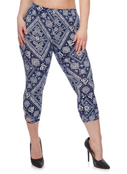 Plus Size Printed Capri Leggings with Cutouts - 1965001440002
