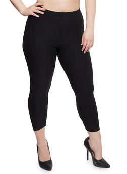 Plus Size Solid Capri Leggings - 1965061635659