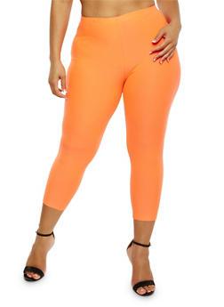 Plus Size Solid Capri Leggings - 1965061635659