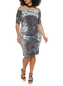 Online Exclusive - Plus Size Off the Shoulder Crushed Velvet Dress with Choker Necklace - 1990058601544
