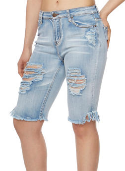 Destroyed Capri Jeans with Frayed Hem - 3072072290273