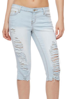 Destroyed Light Wash Capri Jeans - 3073061651917