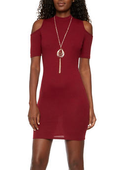 Rib Knit Cold Shoulder T Shirt Dress with Necklace - BURGUNDY - 3094058750035