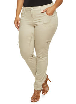 Plus Size Almost Famous Stretch Cargo Pants with Metallic Hardware - 3870015994517