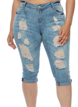 Plus Size Almost Famous Distressed Cuffed Capri Jeans - 3873015990456