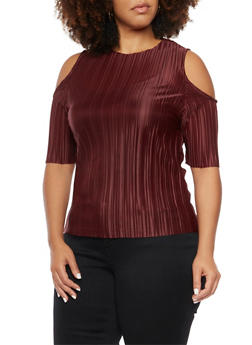 Plus Size Cold Shoulder Top in Pleated Knit - 3984063408100